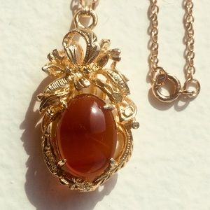 Vintage Pendant Necklace with Amber Cabochon